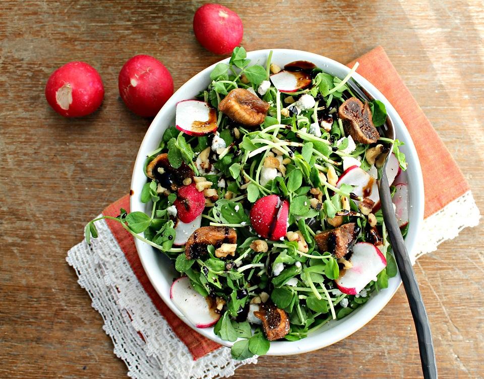 Radish-pea-shoot-spring-salad-kluchit