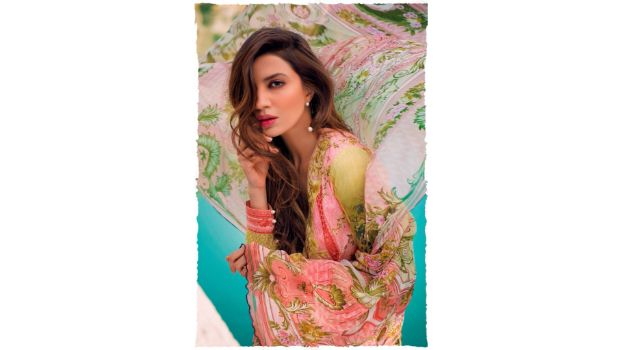 Sapphire Lawn Collection 2016 Launching Nationwide On 29th February