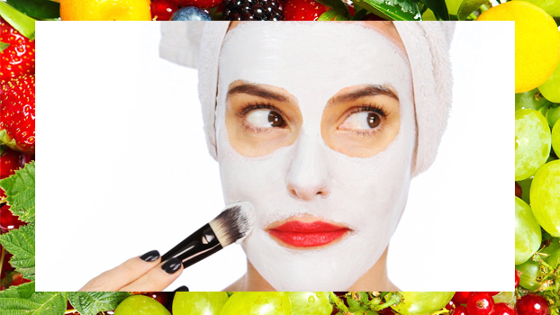 5 Seasonal Fruit Masks for Summertime