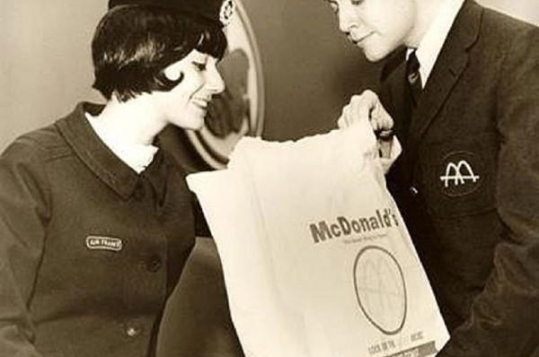 back-in-1968-mcdonald-airlifted-hamburgers-to-homesick-us-olympic-athletes-in-france