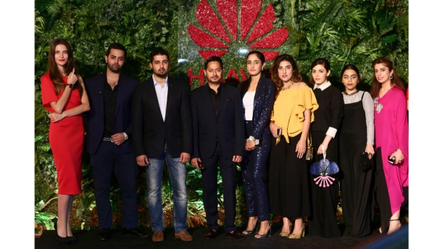 Huawei Pakistan shakes up Arab Fashion Week – To Avant-Garde Fashion and Beyond