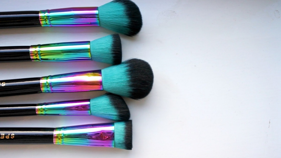 Know your make-up brushes