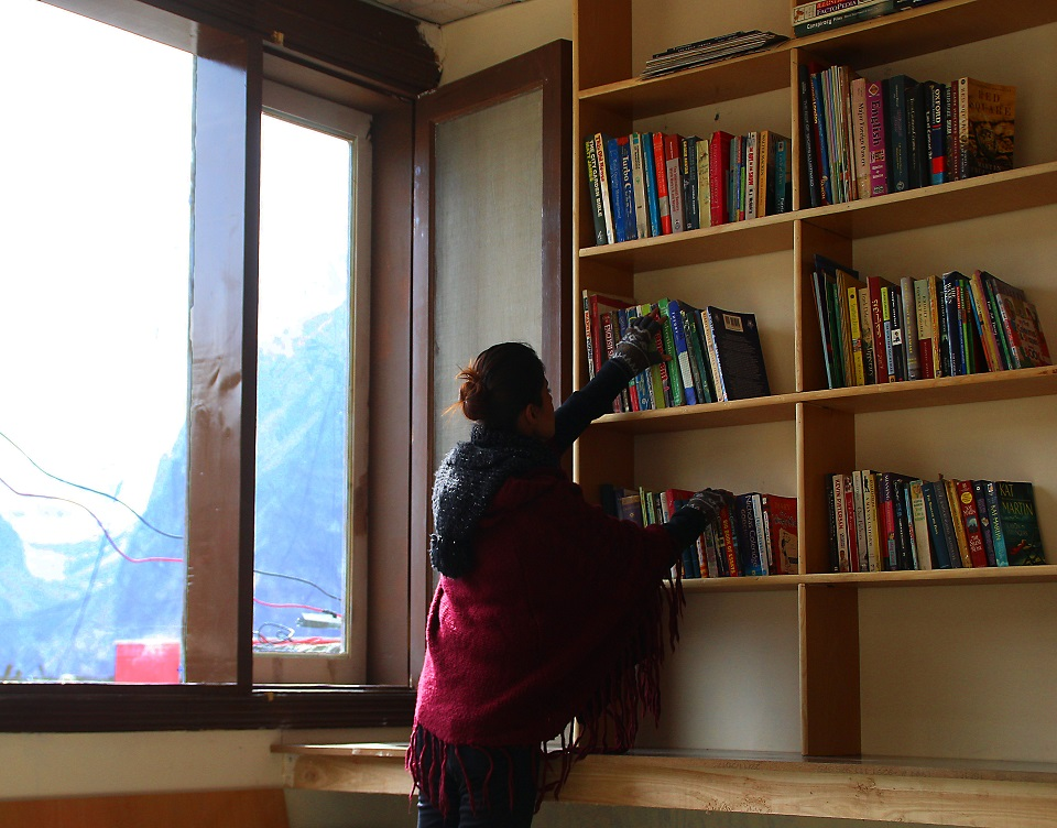 hunza-valley-library-globetrotters-kluchit