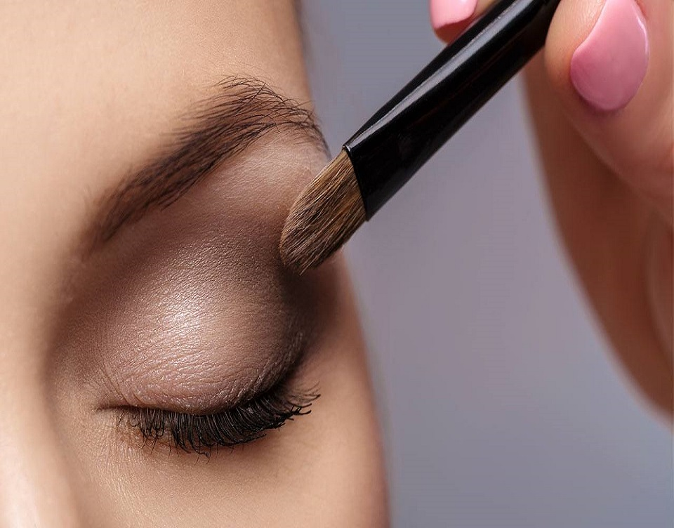 Conceal Your Seasonal Allergy Symptoms With These Makeup Tips Kluchit