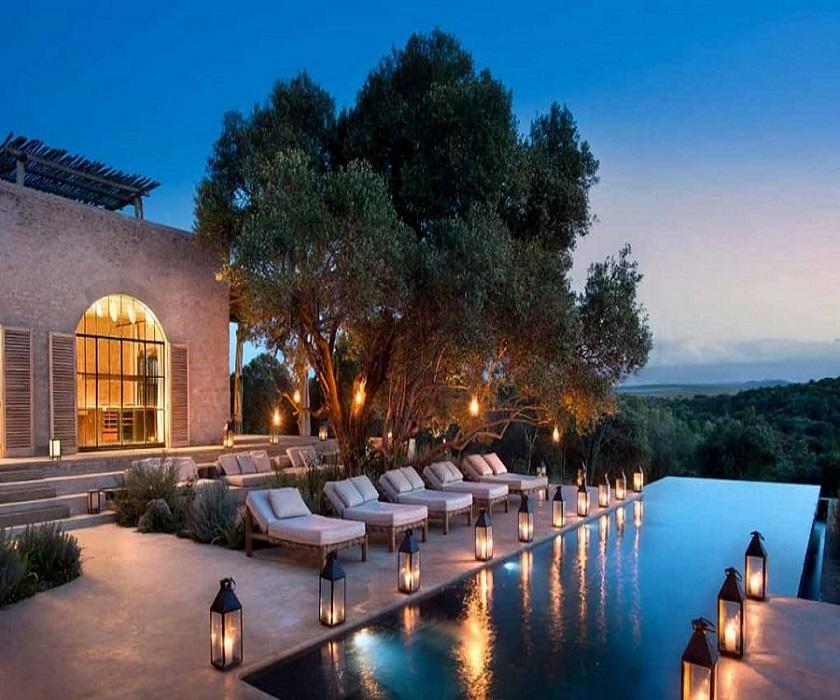 Luxury-Stays-in-Kenya-1021x580